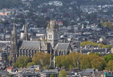 Rouen_France_Church-Saint-Ouen-01-740x493